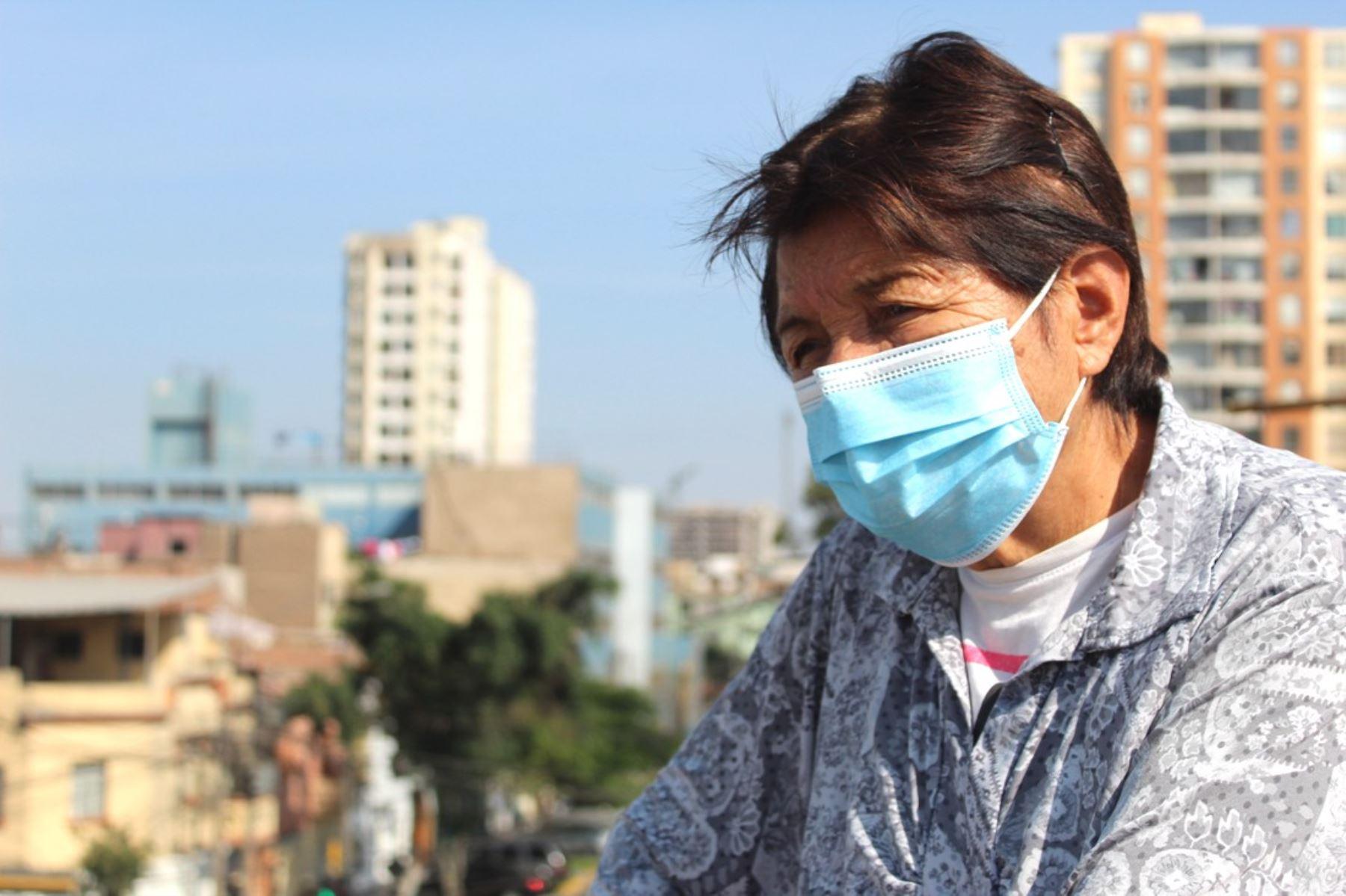 EsSalud advierte que crece ansiedad en adultos mayores por encierro en pandemia. Foto: ANDINA/Difusión.