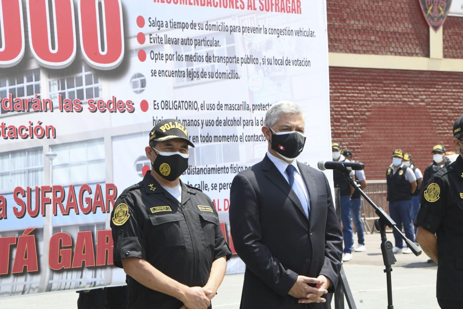 """El Ministro del Interior, José Elice, presenta Plan de Operaciones """"Elecciones Generales 2021"""" que se desplegará este domingo 11 de abril. Foto: ANDINA/Mininter"""