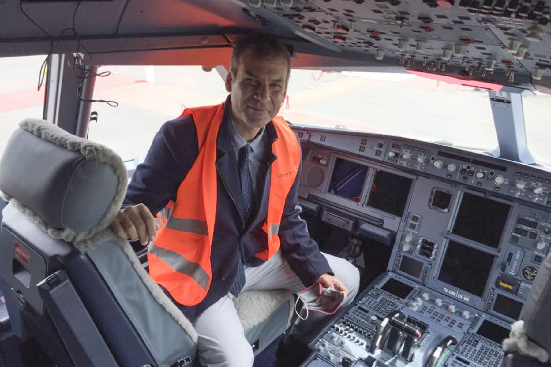 Iván Ricardo Mecklenburg Carbonell, piloto peruano en Uganda. Foto: Difusión