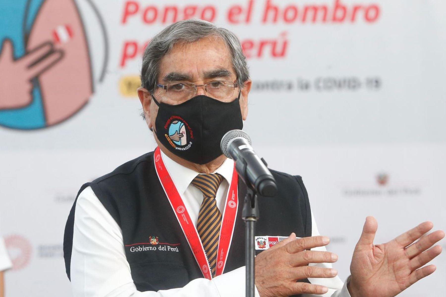 Ministro de Salud, Óscar Ugarte. Foto: ANDINA/difusión.