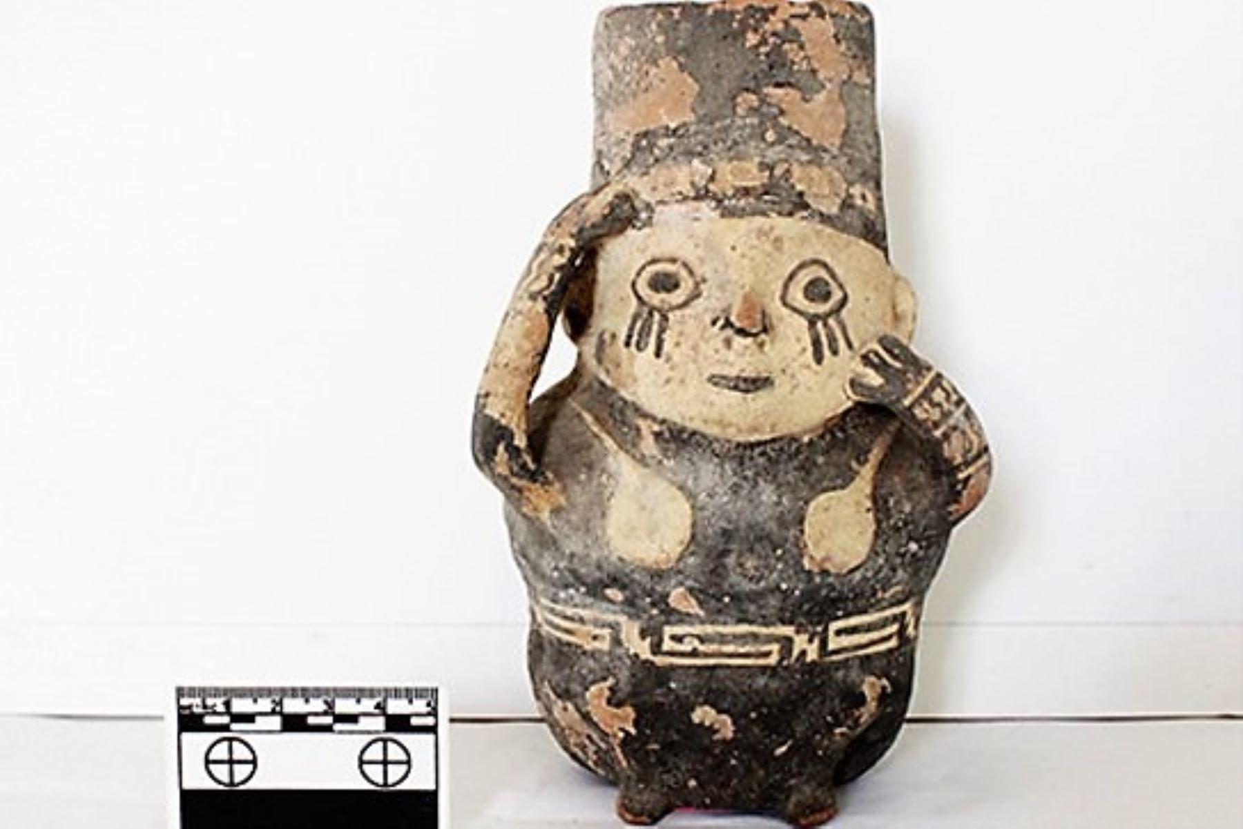 Uno de los ceramios recuperados por el Ministerio de Cultura.