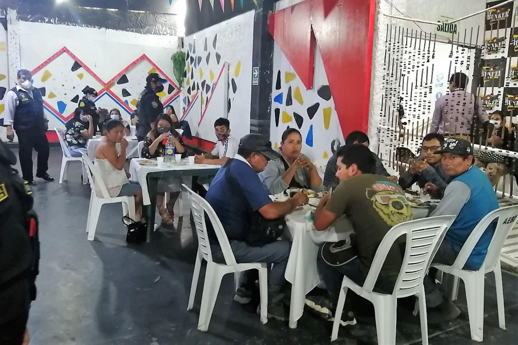 Advierten que los jóvenes son los principales infractores de las normas sanitarias por la pandemia del covid-19 en La Libertad. Foto: ANDINA/Difusión