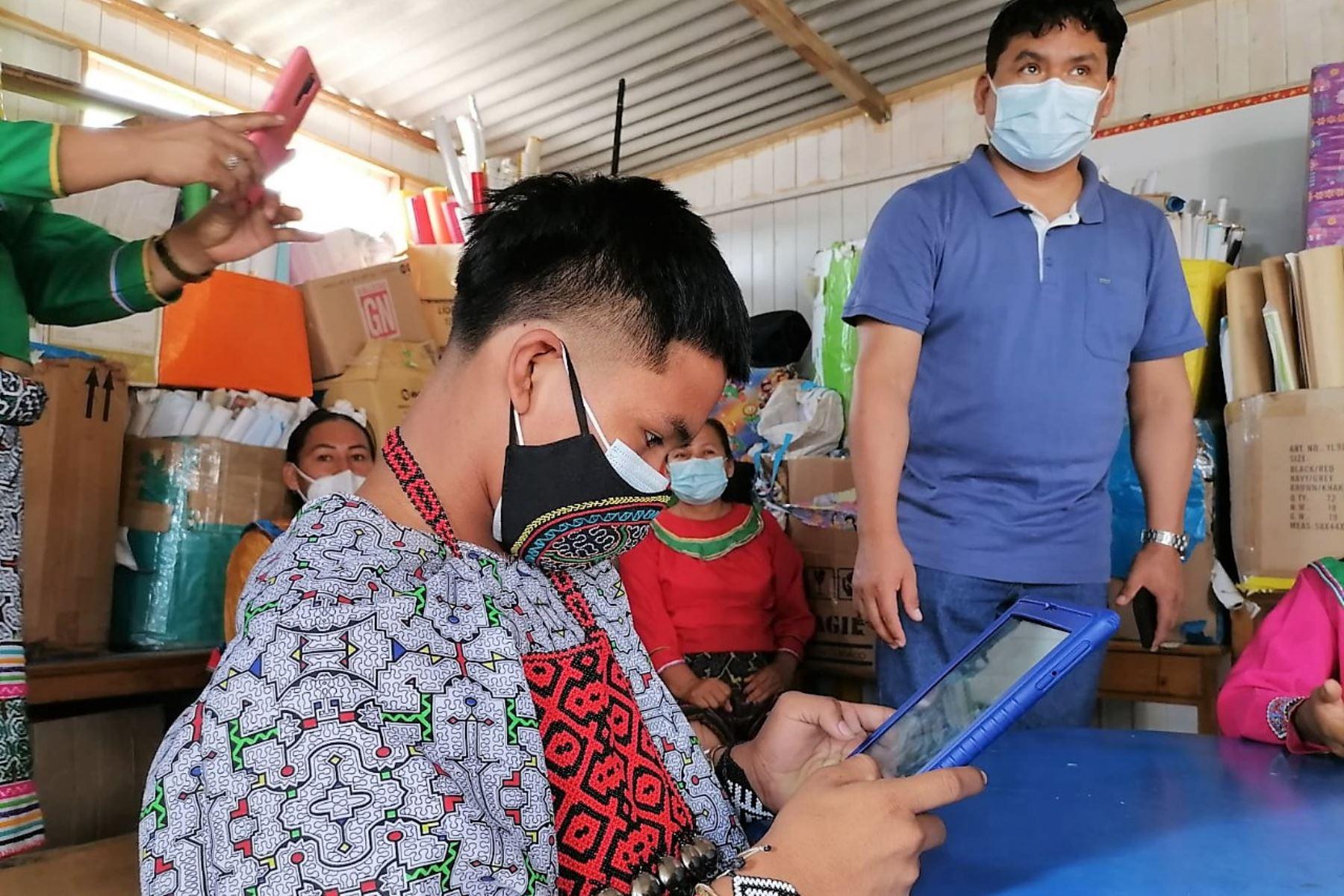 Las tabletas digitales llegarán a más de un millón de escolares y docentes de escuelas públicas priorizadas. Foto: ANDINA/Difusión