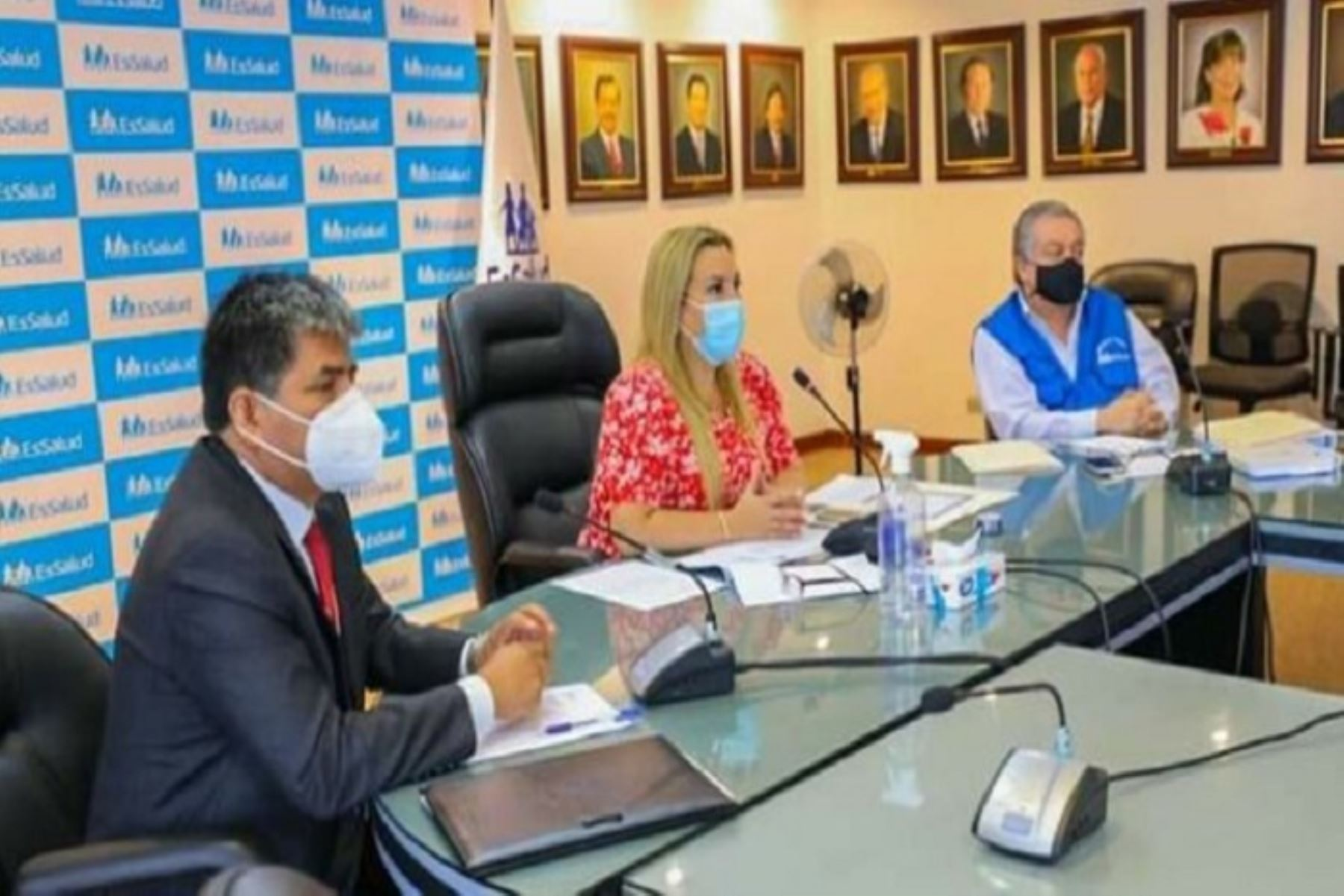 En la región Ayacucho se instalarán dos plantas de oxígeno medicinal y se ampliará el número de camas UCI para pacientes covid-19.