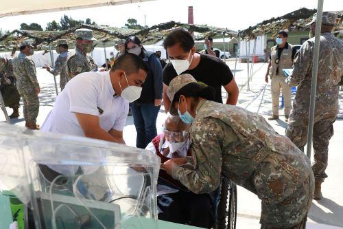 Mindef: concluye vacunación del personal militar destacado en el norte