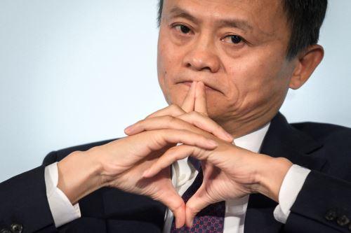 """La Administración Estatal de Regulación del Mercado de China impuso hoy sábado una sanción administrativa al grupo Alibaba por su conducta monopólica de implementación de un """"acuerdo de exclusividad"""" sobre la base de los resultados de la investigación, informó la agencia oficial China. Foto: AFP."""
