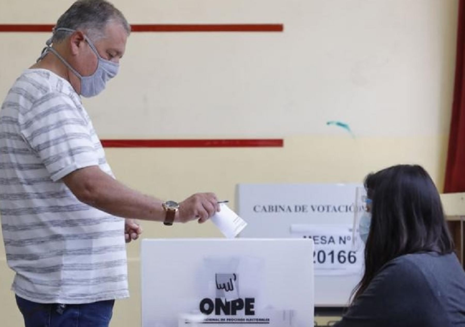 El Organismo Nacional de Procesos Electorales (ONPE) confirmó que en la región San Martín existen 636,330 electores hábiles para sufragar mañana en 2,188 mesas ubicadas en 324 locales de sufragio, distribuidos en las 10 provincias del departamento.