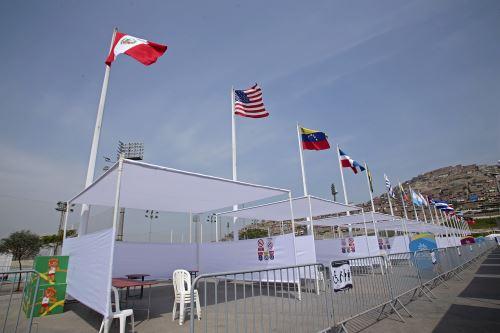 Las sedes de los Juegos Panamericanos en Lima fueron habilitadas como puntos de votación.