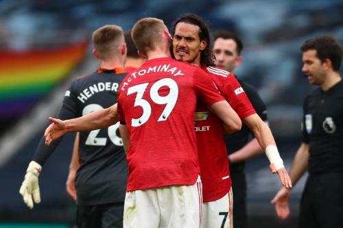 Cavani fue letal con el Manchester United
