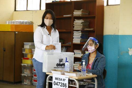 Elecciones 2021: Keiko Fujimori, candidata presidencial por Fuerza Popular emite su voto