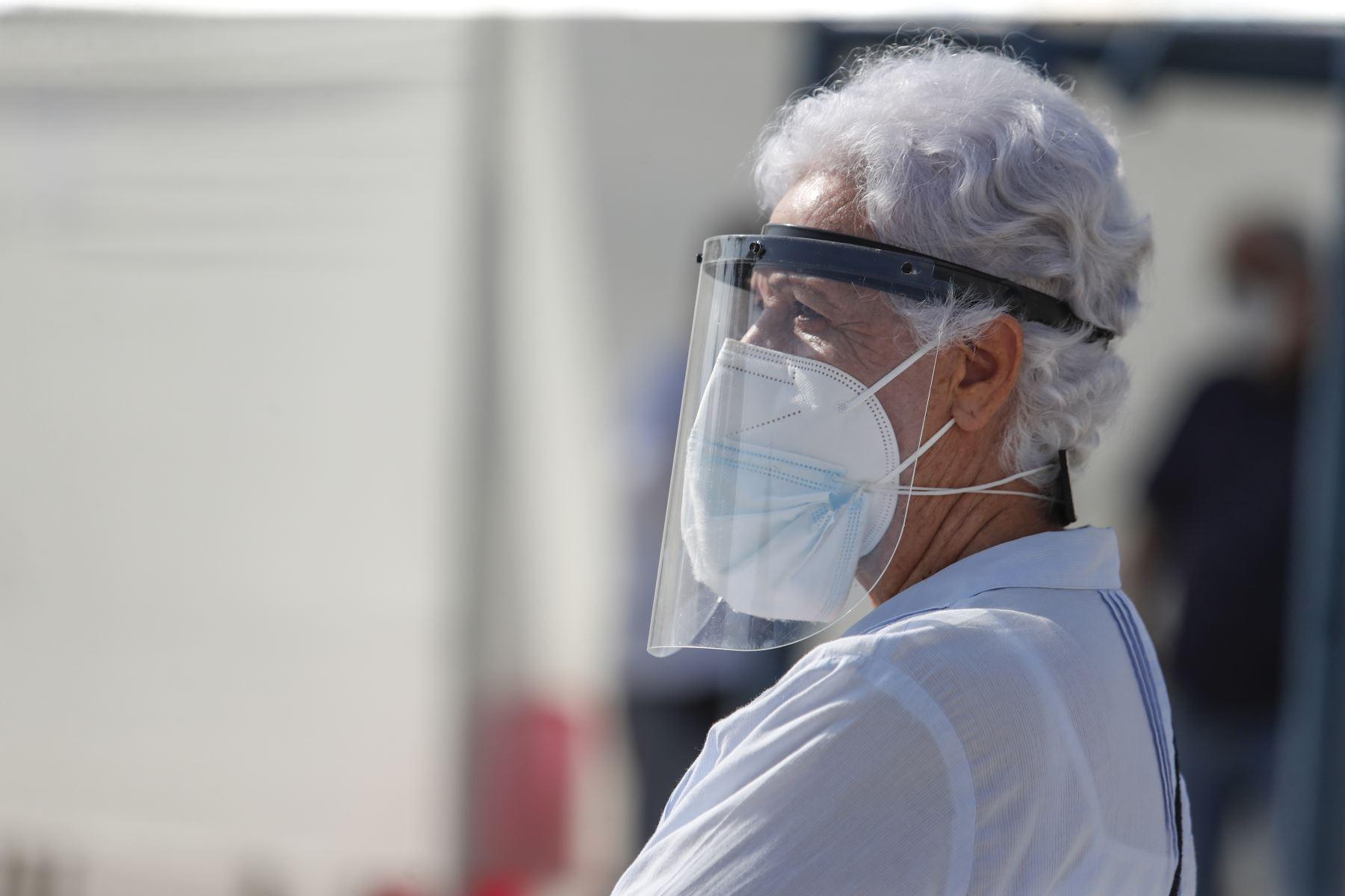 Advierten que más del 70% de adultos mayores ha sufrido maltrato familiar en pandemia