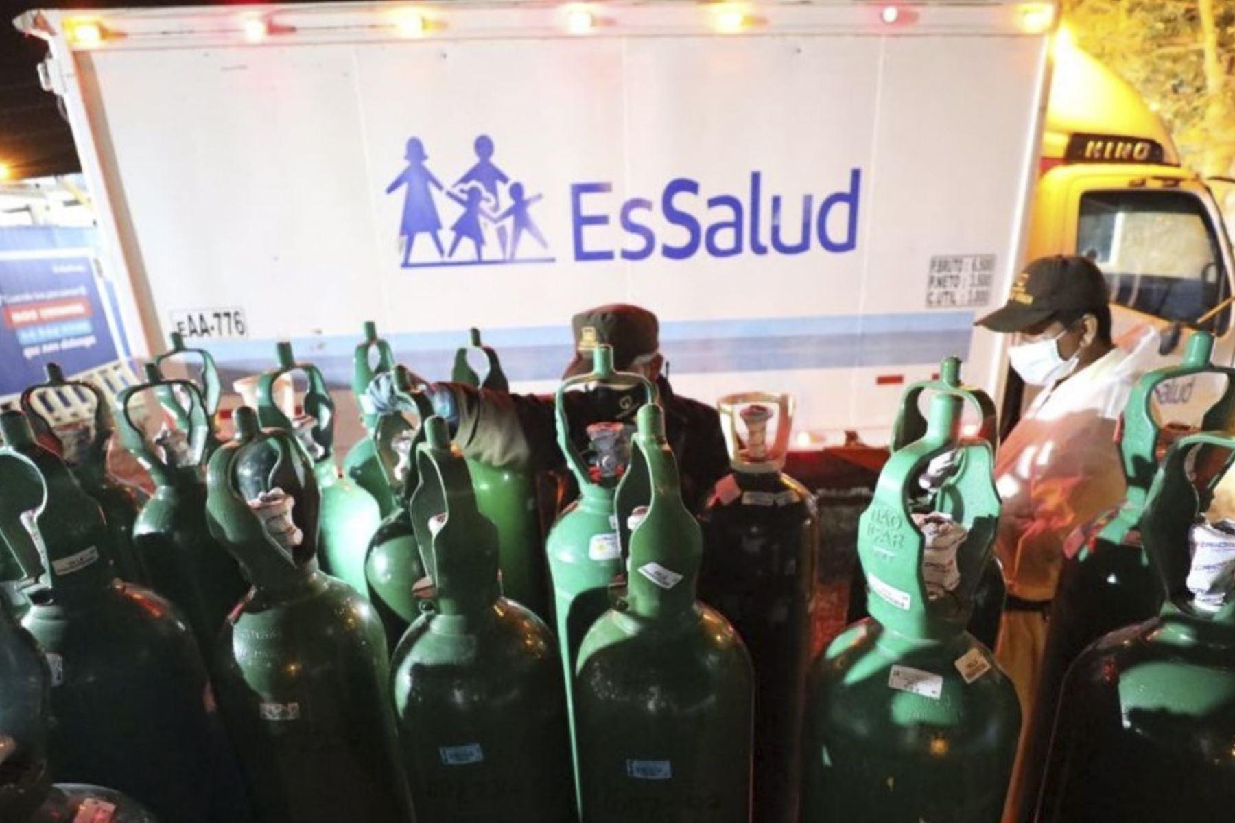 Piura: EsSalud envía concentradores, balones de oxígeno y personal ante aumento del covid