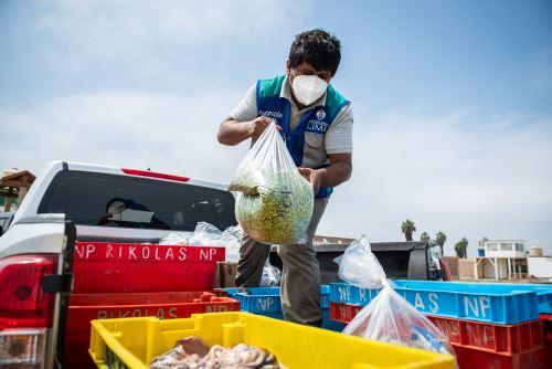 """Municipalidad de Lima promueve el programa  """"Manos a la Olla"""" en Lurín"""