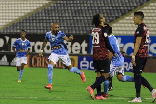 La figura del encuentro, gracias a sus dos goles, fue Marcos Riquelme, que sentenció el 3 a 1, gracias a su segundo gol que llegó a los 77 minutos del encuentro. Foto: ANDINA/difusión.