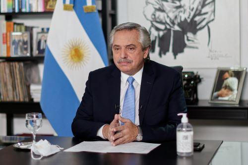 Las nuevas restricciones se aplicarán en Buenos Aires y su periferia, donde viven 15 millones de los 45 millones de argentinos. Foto: AFP