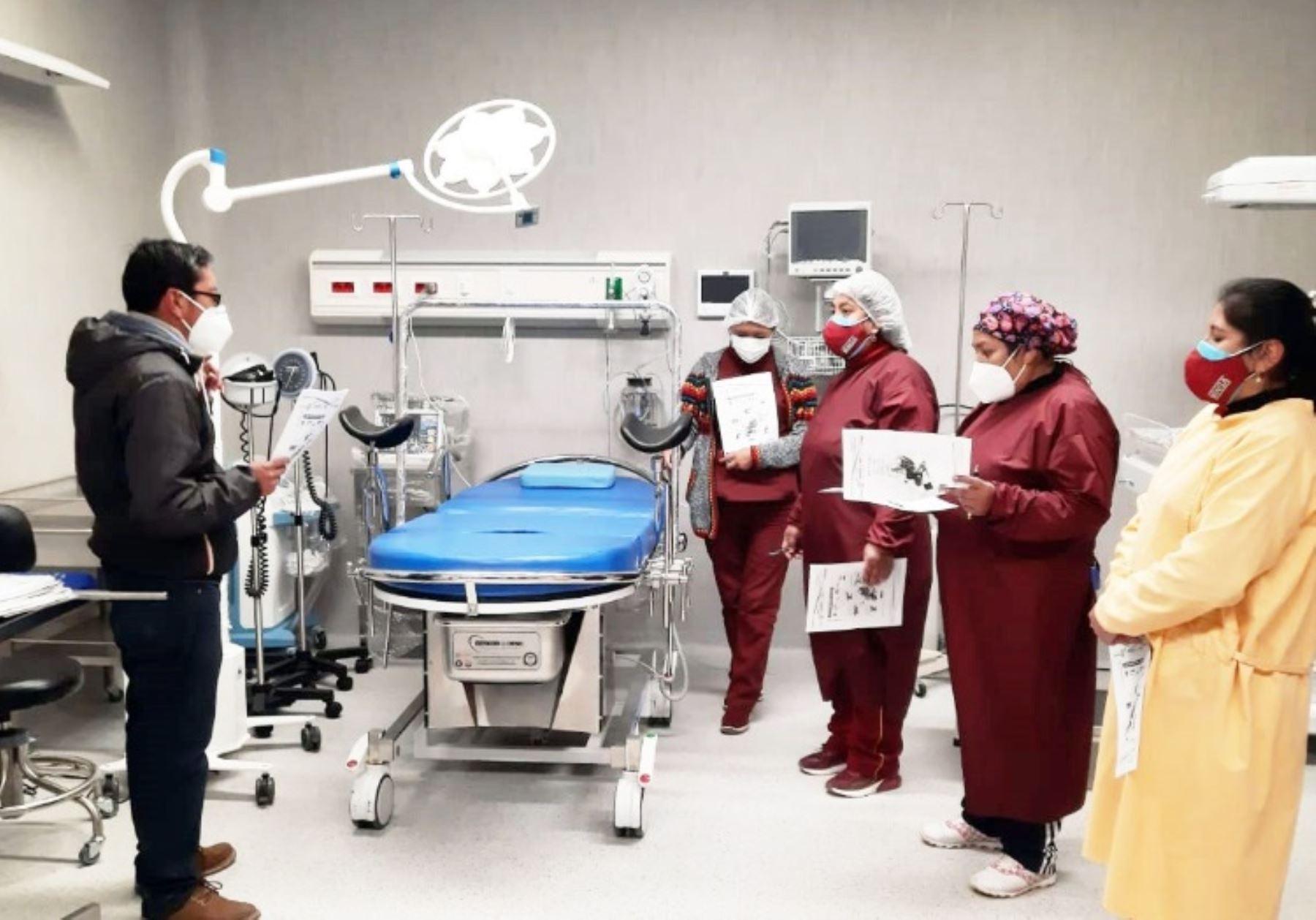 Puno: entregan equipos a centro de salud de Putina, ubicado a cerca de 4,000 msnm.