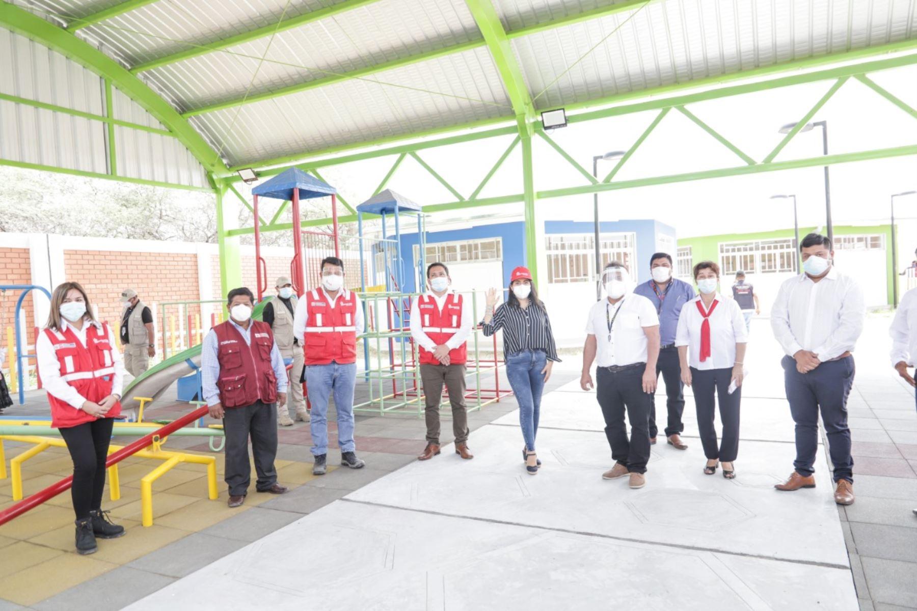 Lambayeque: ARCC entregó 4 instituciones educativas reconstruidas en Muchumí y Mórrope