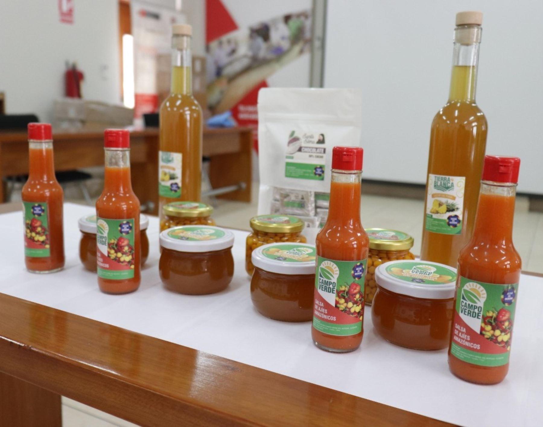 Emprendedores loretanos innovan con novedosos productos como encurtido de ajíes amazónicos, harina de plátano y yuca, y mermelada de cocona y su meta es conquistar mercados internacionales. ANDINA/Difusión