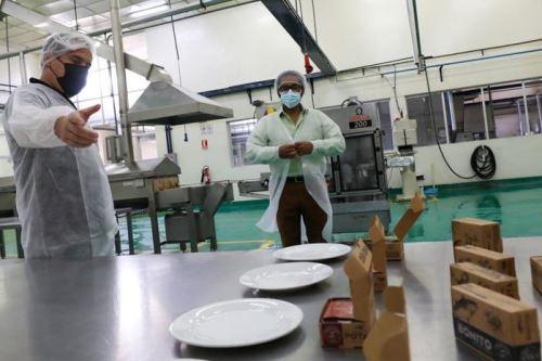 Ministro de la Producción supervisa la actualización de equipos del CITE pesquero Callao