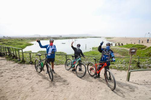 Municipalidad de Lima promueve visitas a los Pantanos de Villa en bicicleta