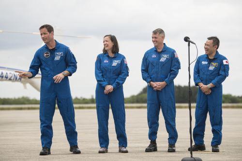 Los cuatro astronautas de esta segunda misión cohabitarán durante unos días con los actuales huéspedes de la misión Crew-1. Foto: AFP