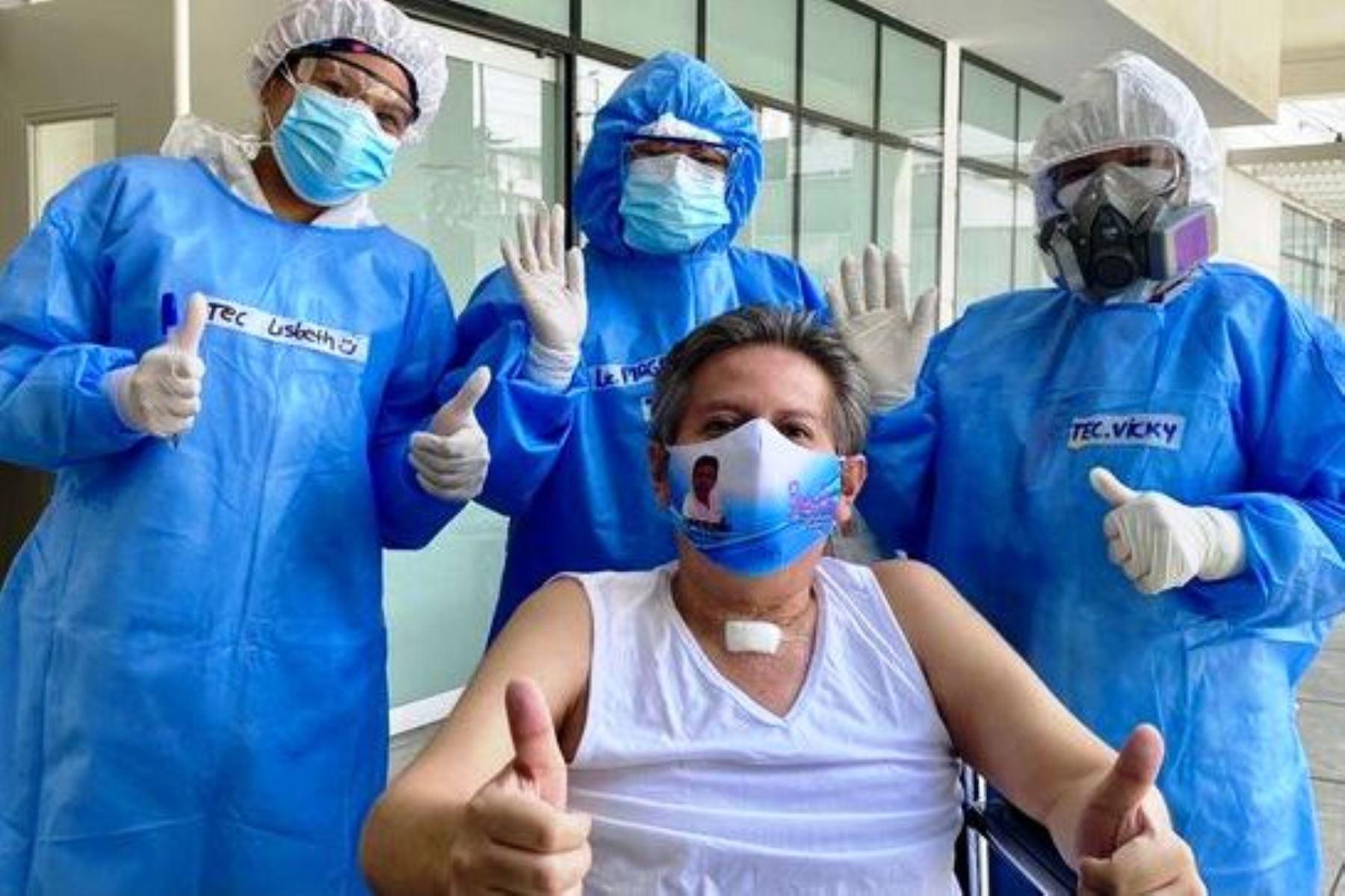 Médico huanuqueño vence la covid-19 tras permanecer 85 días en el Hospital Ate Vitarte. Foto: ANDINA/Difusión.