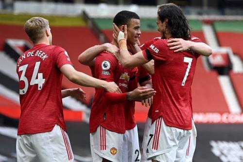 Manchester United ganó 3 a 1 al Burnley en la Premier League inglesa
