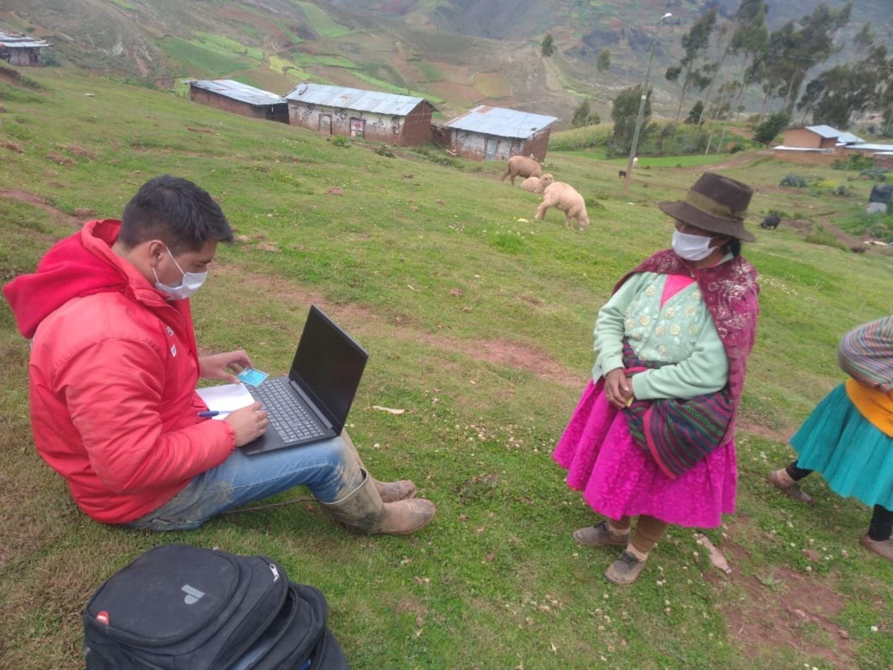 El programa Juntos realizó más de 33,000 actualizaciones de datos de familias usuarias en la región Huánuco. ANDINA/Difusión