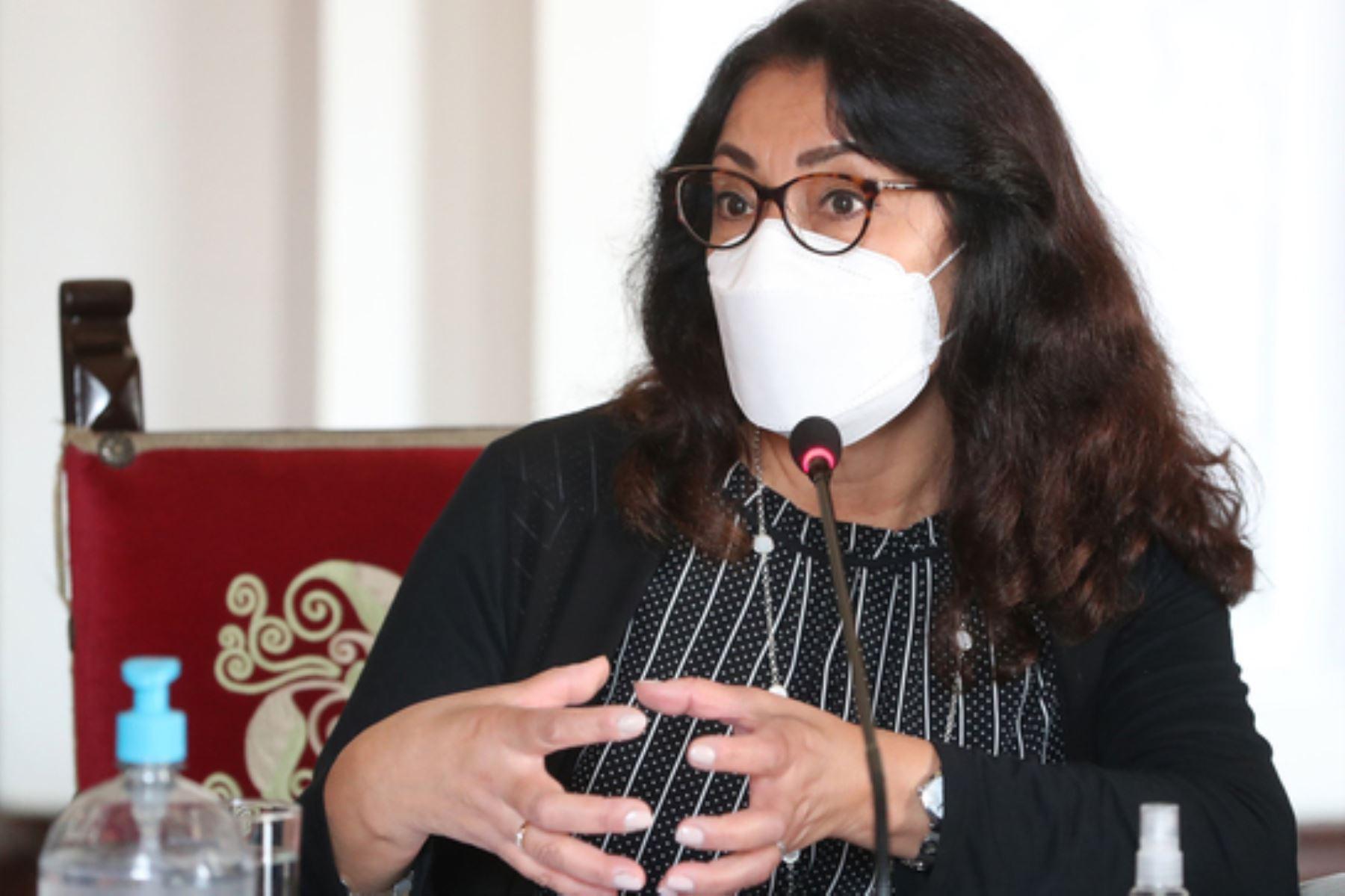 Presidenta del Consejo de Ministros, Violeta Bermúdez participa en la instalación del grupo de trabajo técnico que propondrá criterios para actualizar cifras de fallecidos por la covid-19. Foto: PCM