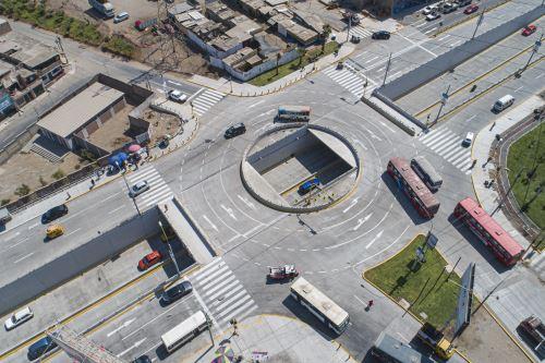 Municipalidad de Lima entrega obras de mejoramiento de avenidas Los Héroes y Pachacútec