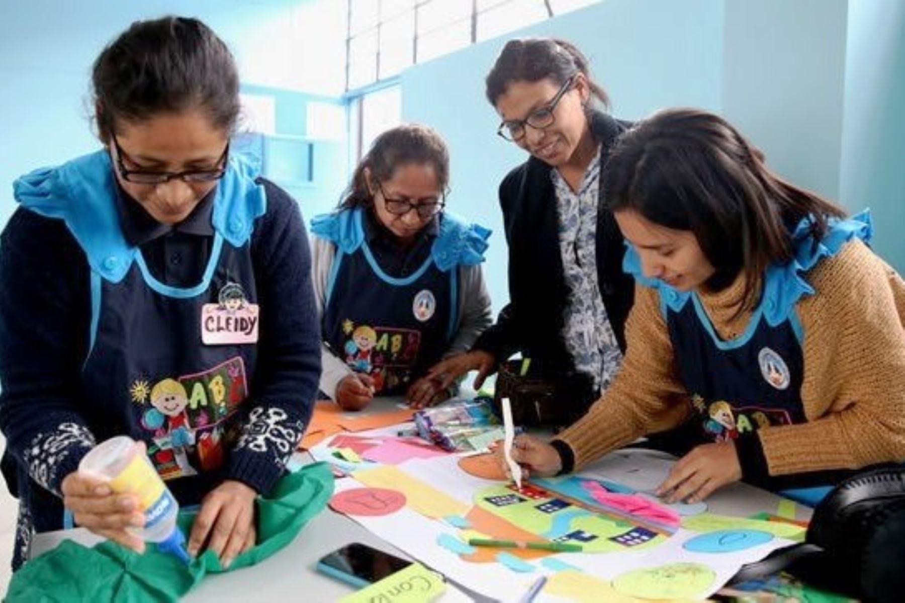 Minedu y colegios privados promueven buenas prácticas e innovación educativa. Foto: ANDINA/Difusión.