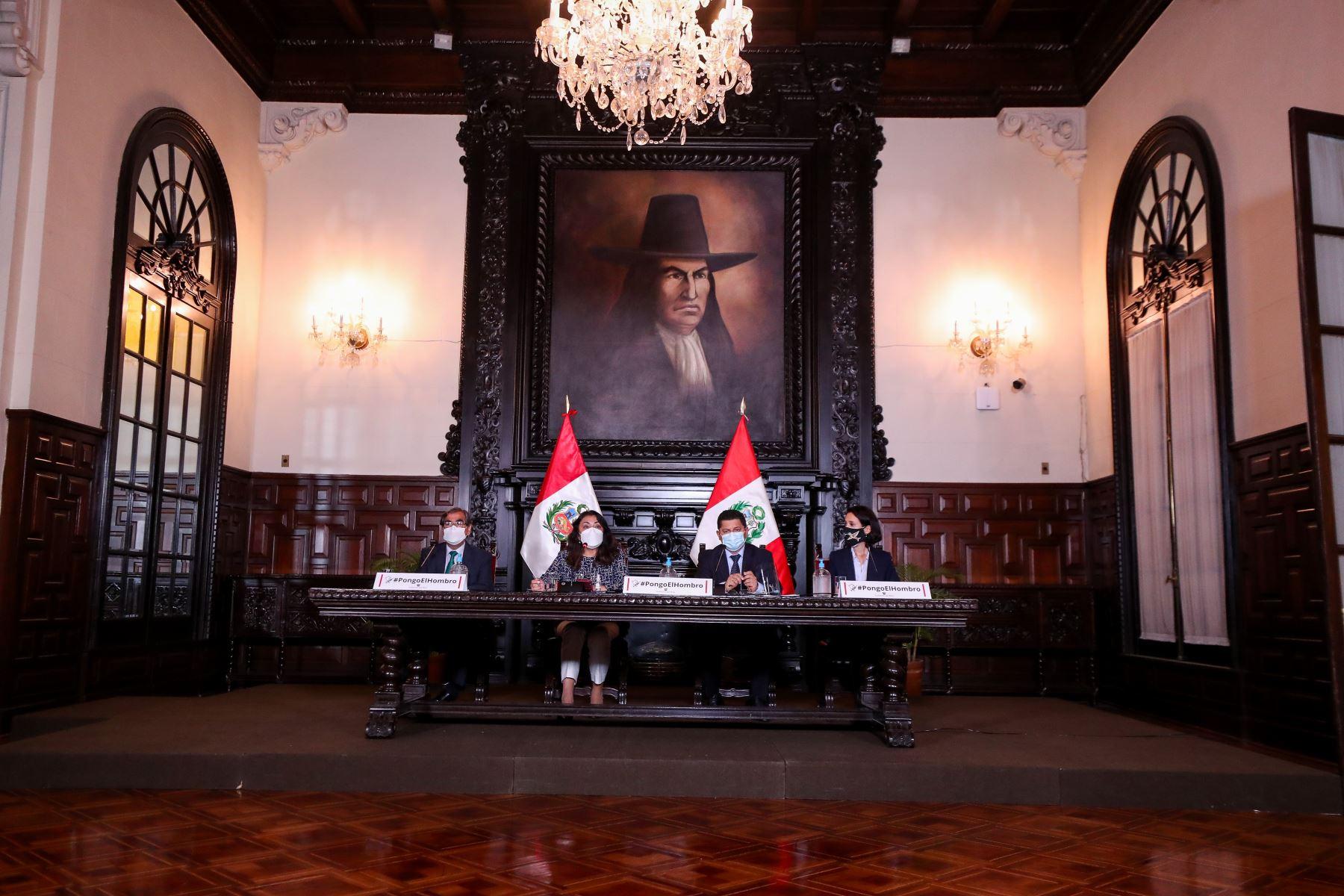 Premier Violeta Bermúdez y ministros brindan nuevos reportes y acciones realizadas para hacer frente a la pandemia de la covid-19. Foto: ANDINA / PCM