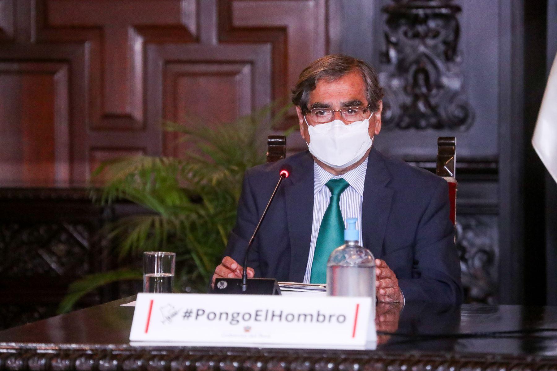 El Ministro de Salud  Oscar Ugarte, brinda nuevos reportes y acciones realizadas para hacer frente a la pandemia de la covid-19. Foto: ANDINA / PCM