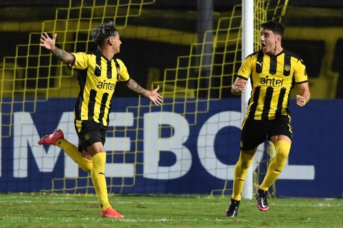 Peñarol golea 5-1 a Sport Huancayo por la Copa Sudamericana