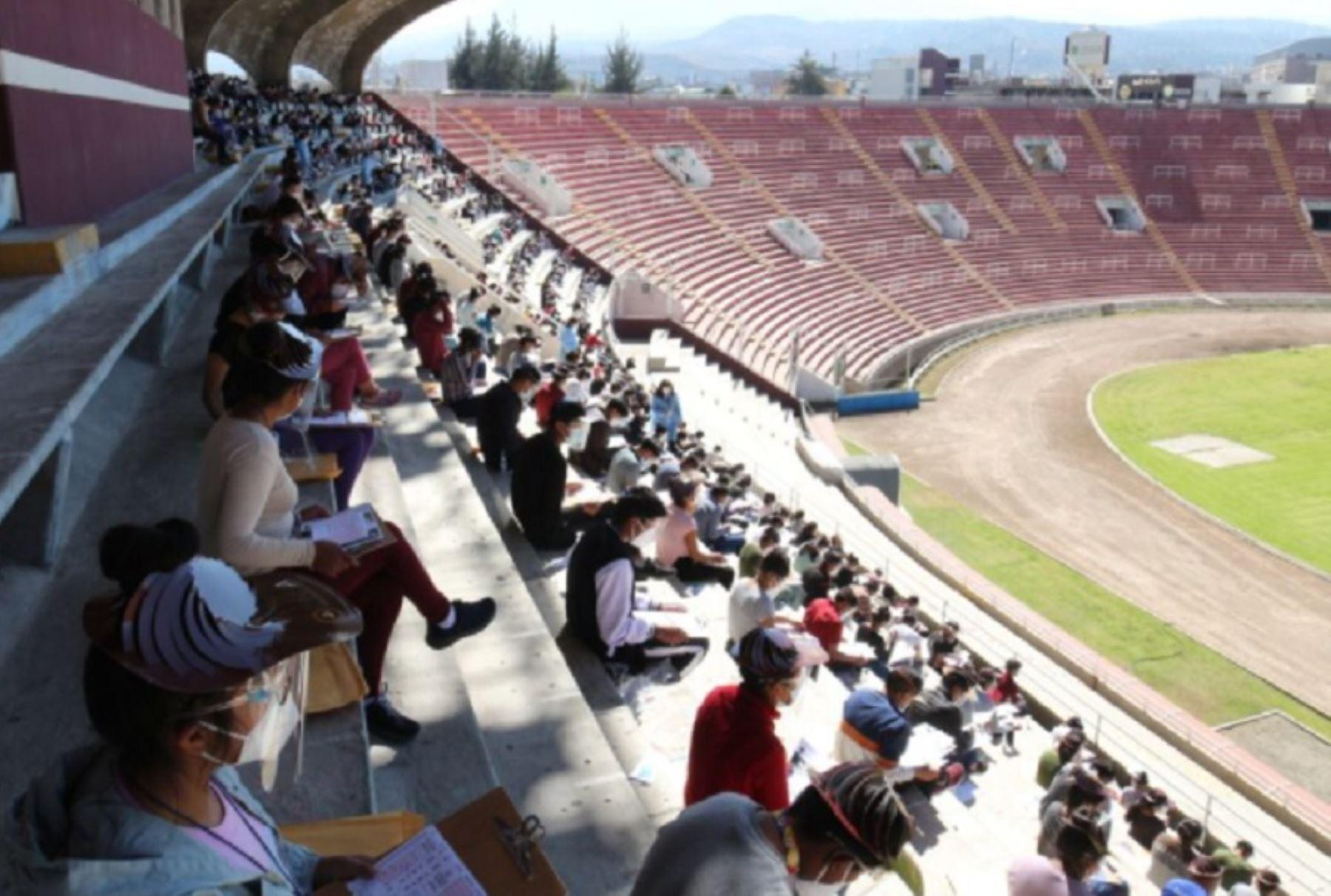 La Universidad Nacional de San Agustín de Arequipa ratificó que el examen de admisión presencial se desarrollará en dos fechas. ANDINA/Difusión