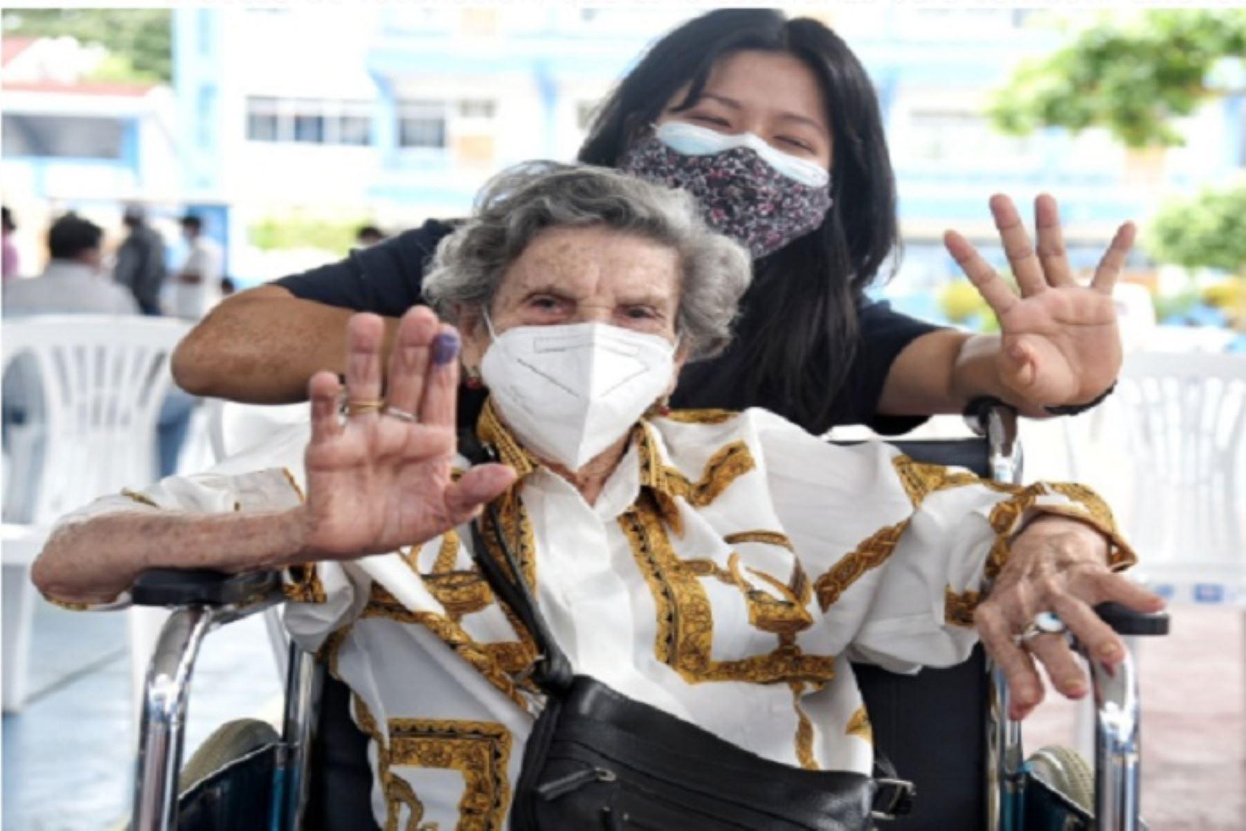 Hoy, en la región Madre de Dios, se inocularon 239 personas y la meta es inmunizar a más de 4,000 contra el covid-19.