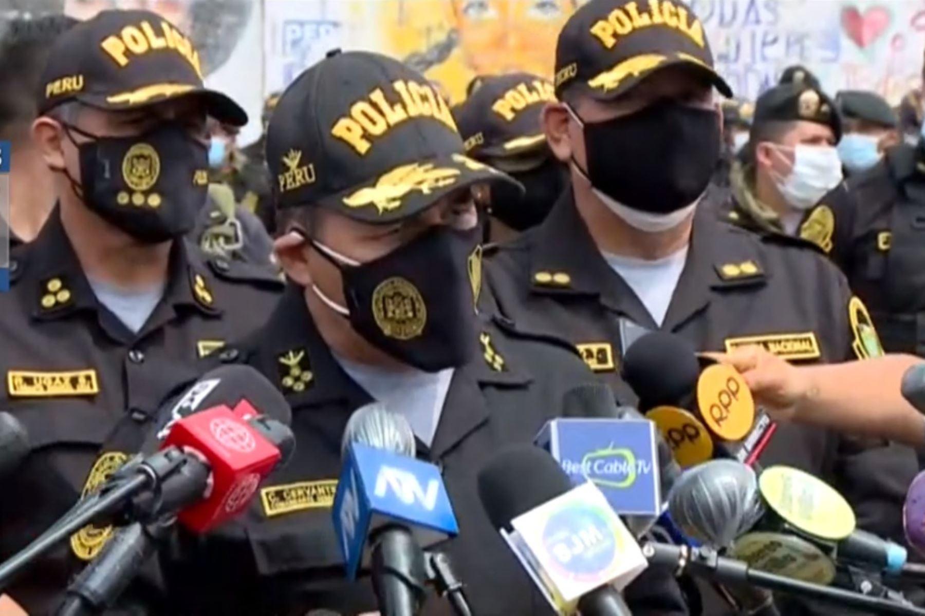 Policía investiga actos de violencia registrados en las manifestaciones