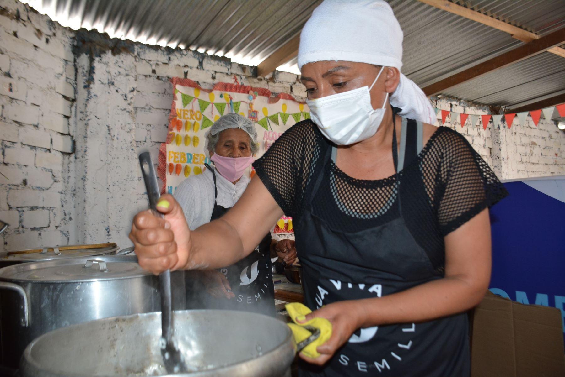 El Midis, por medio del programa Qali Warma, entregará alimentos a más de 1,500 ollas comunes de Lima y Callao. Foto: ANDINA/Difusión
