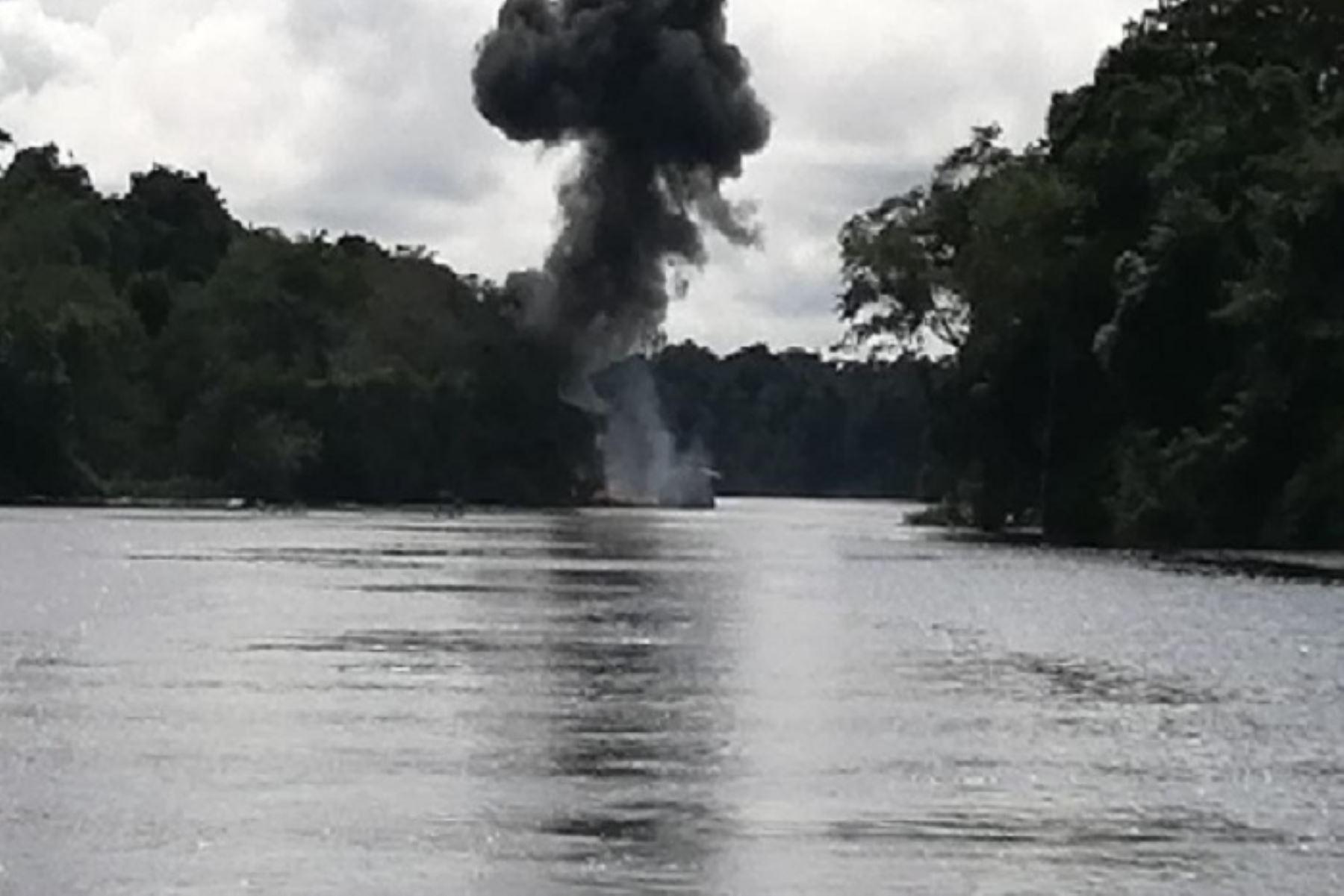 También se incautaron 540 galones de petróleo, radios de comunicación y otros equipos menores durante operación en la cuenca del río Nanay.