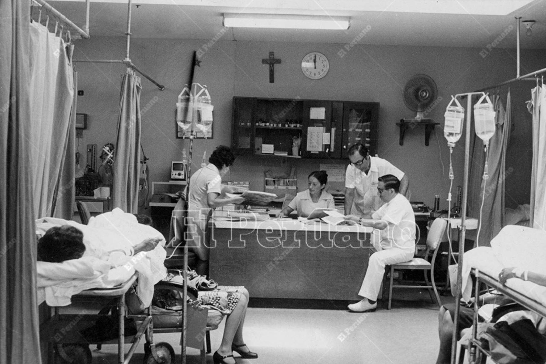 Médicos de guardia en la sala de emergencia del Hospital del Empleado del Seguro Social. Foto: ANDINA/archivo
