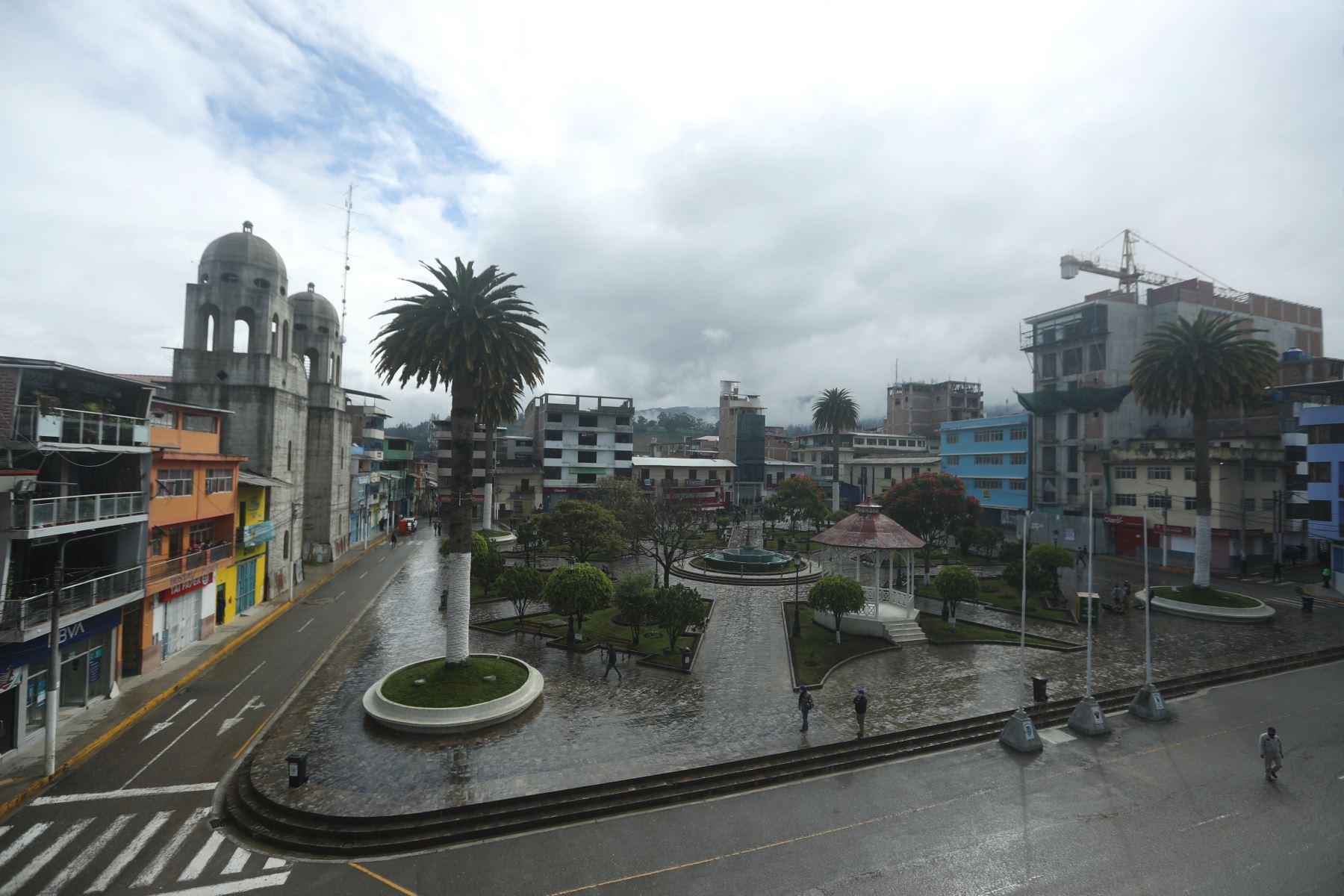 Los candidatos presidenciales Keiko Fujimori y Pedro Castillo debatirán en la plaza de armas de Chota, Cajamarca. Foto: ANDINA/Carla Patiño Ramírez