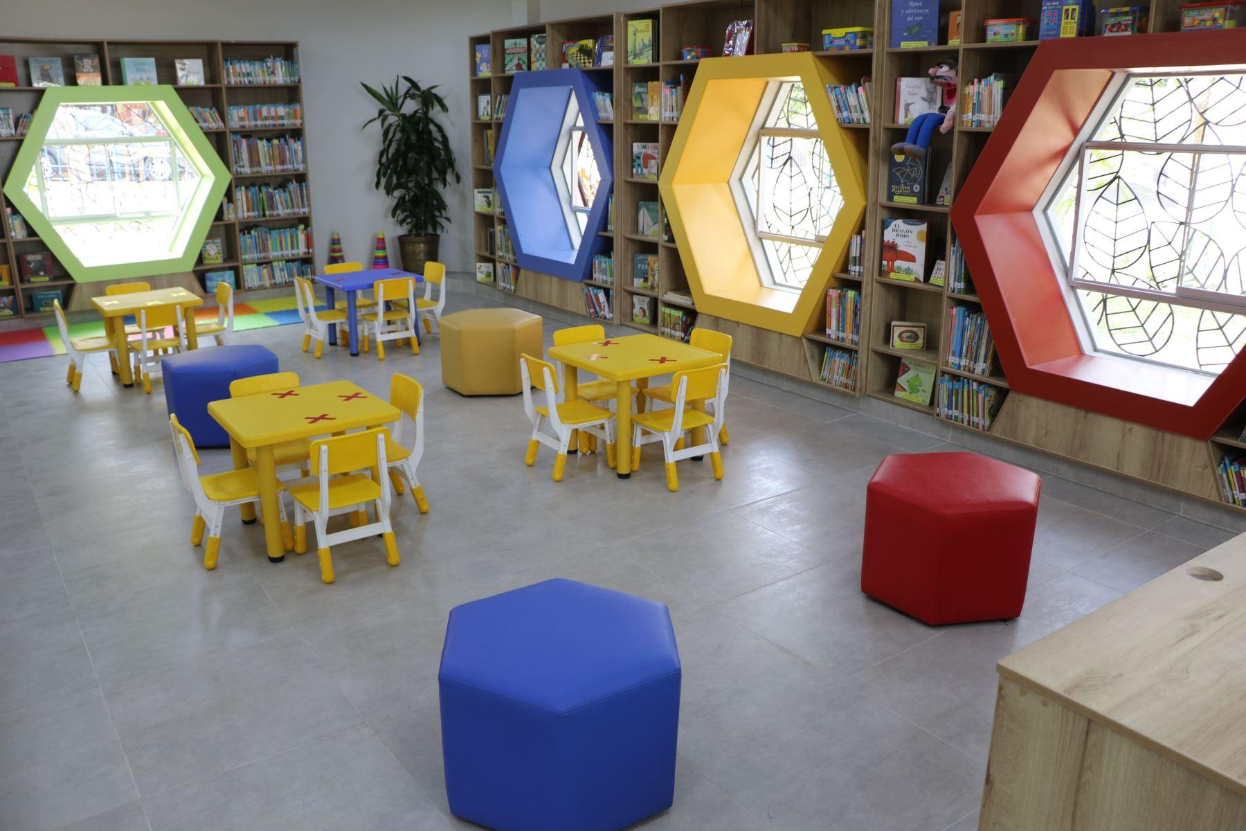 Biblioteca Pública de Comas. Foto: BNP