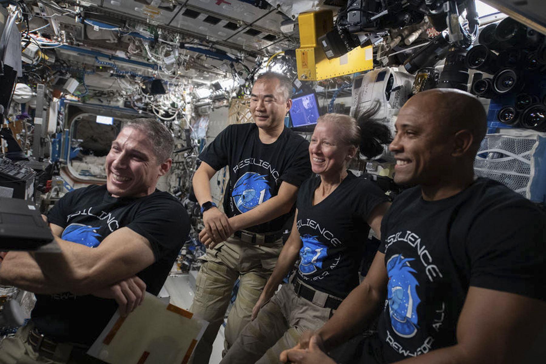 Es el primer vuelo de un sistema de nave espacial humana comercial certificado por la NASA en la historia. (Foto: NASA)