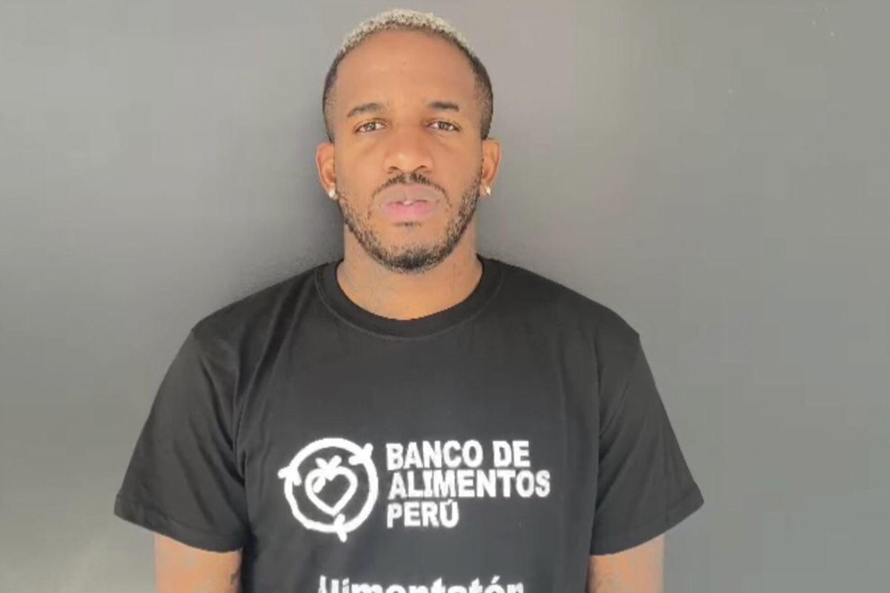 Jefferson Farfán es embajador de la campaña Alimentatón que busca erradicar el hambre en el Perú. Foto: Difusión