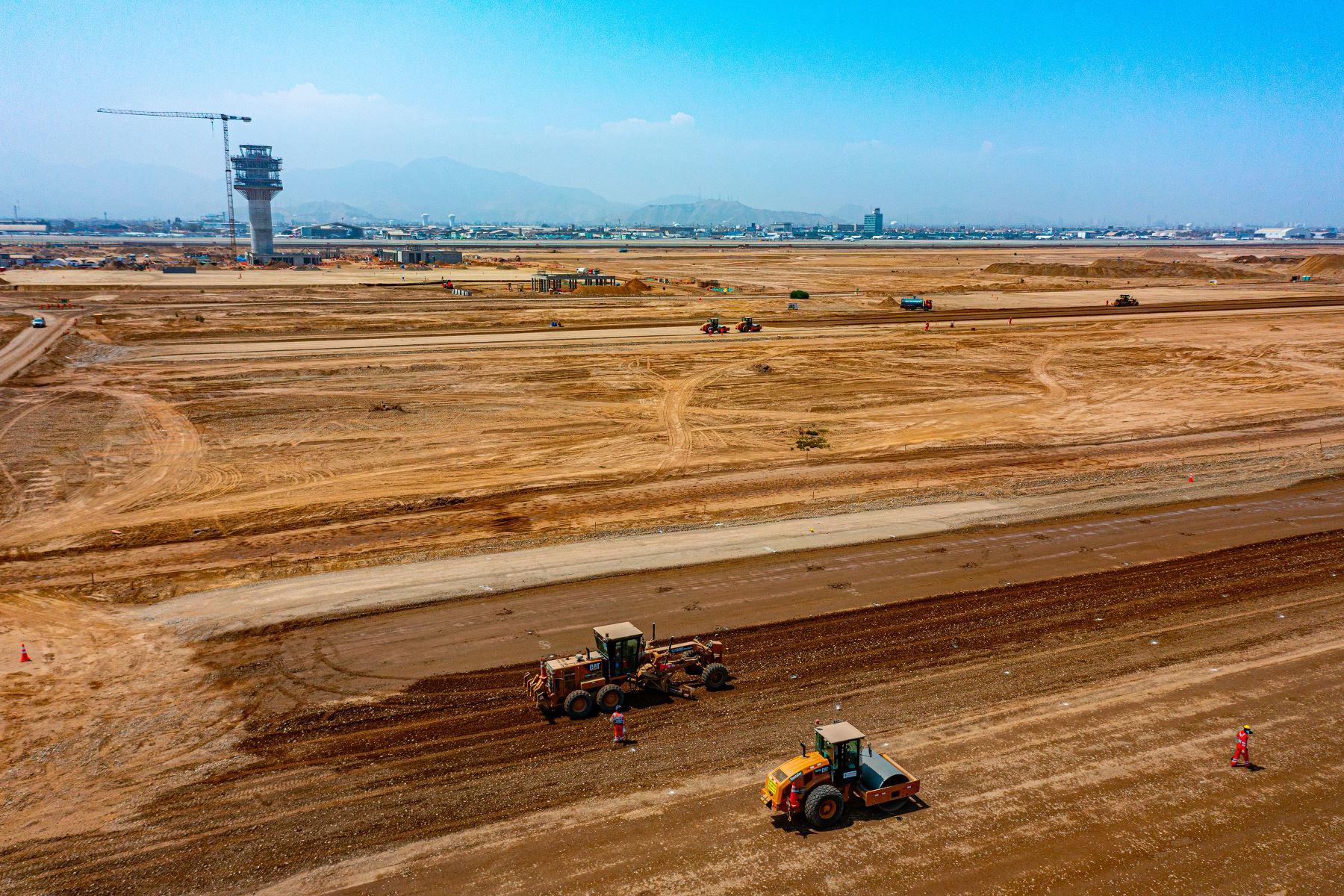 Continúan trabajos de ampliación del aeropuerto Jorge Chávez que comprende una segunda pista de aterrizaje, una nueva torre de control y el terminal de pasajeros. Foto: Difusión