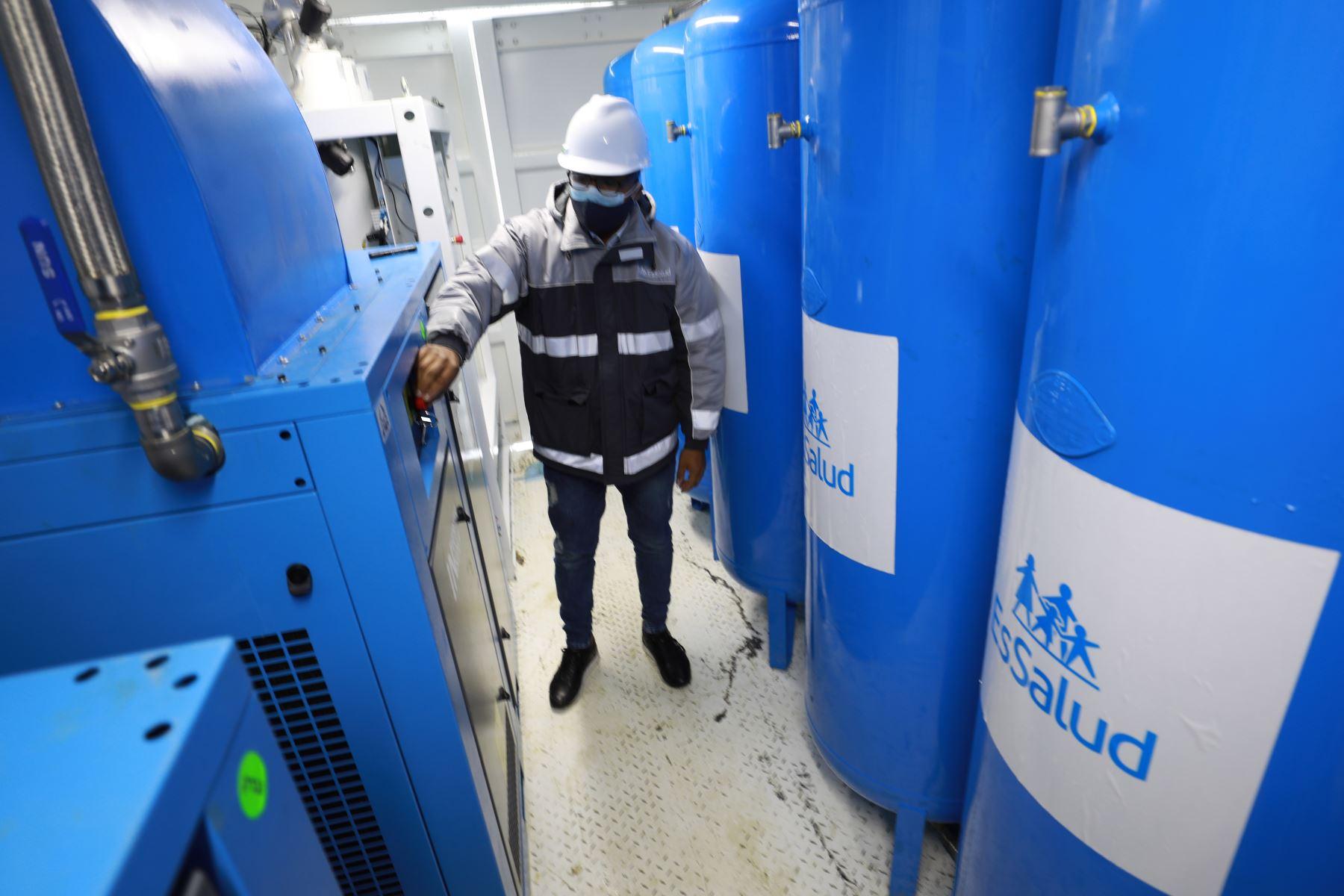 EsSalud puso en funcionamiento plantas de oxígeno en Huaraz para redoblar atención de pacientes covid-19. Foto: EsSalud