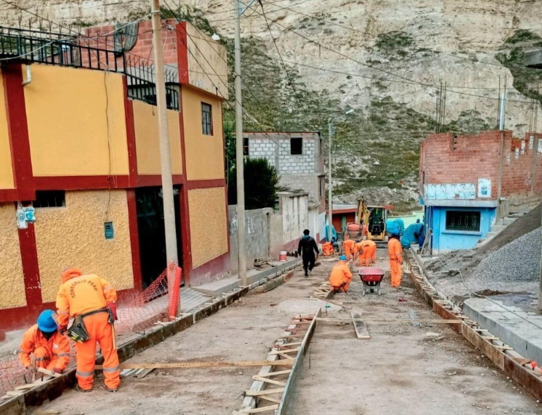 La empresa Activos Mineros reinició los trabajos de remediación de suelos mineralizados en La Oroya, capital de la provincia de Yauri, en Junín. ANDINA/Difusión