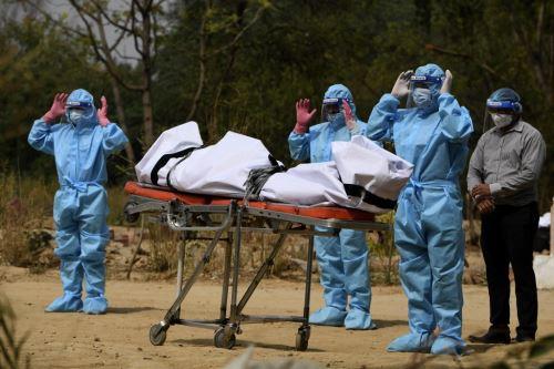 Covid-19: India alcanza un nuevo récord de casi 4.000 muertes y 412.000 nuevas infecciones en 24 horas