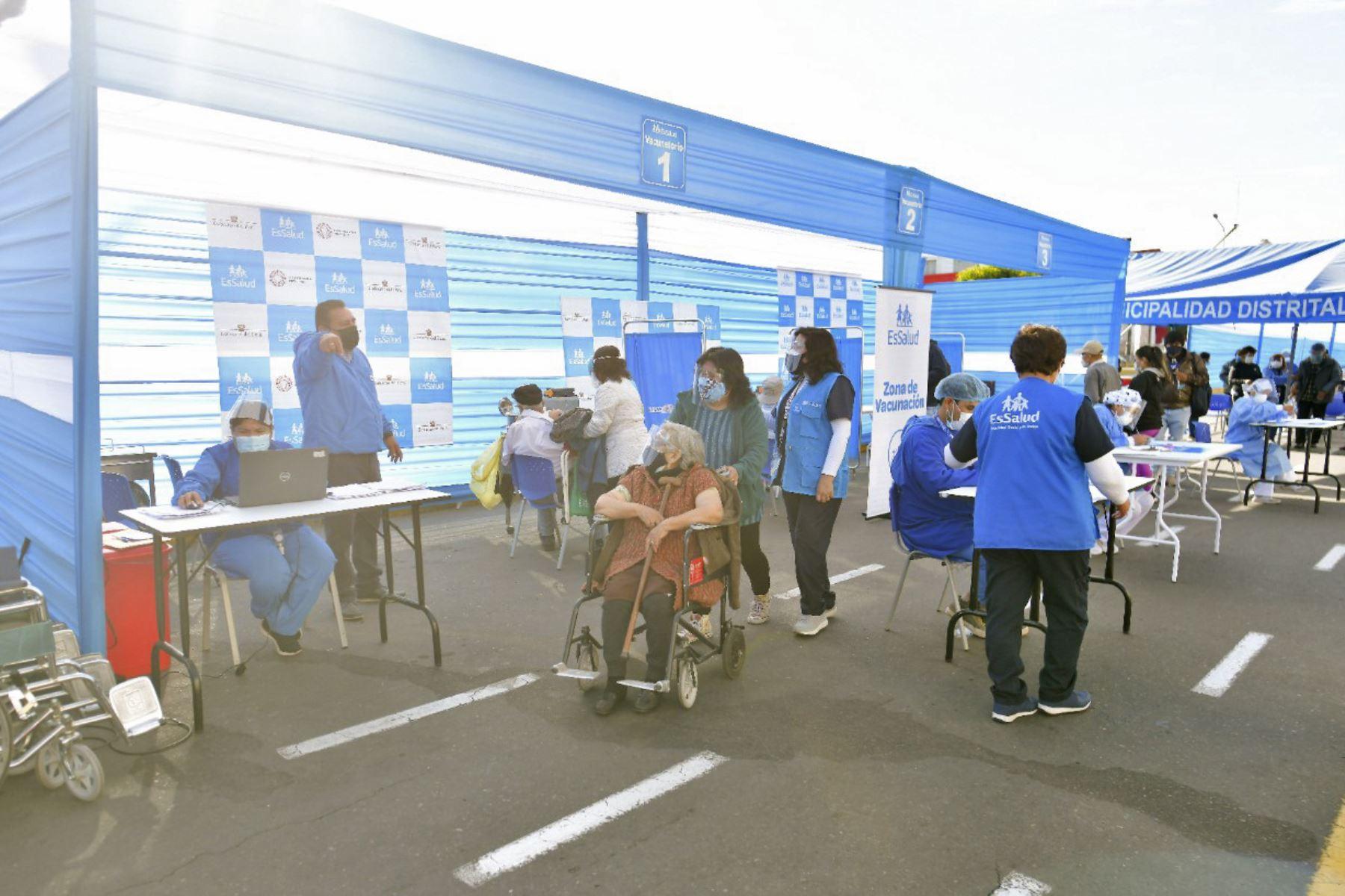 Ministerio de Salud anuncia Vacunatones en diversas regiones para acelerar aplicación de la vacuna contra la covid-19. ANDINA/Difusión