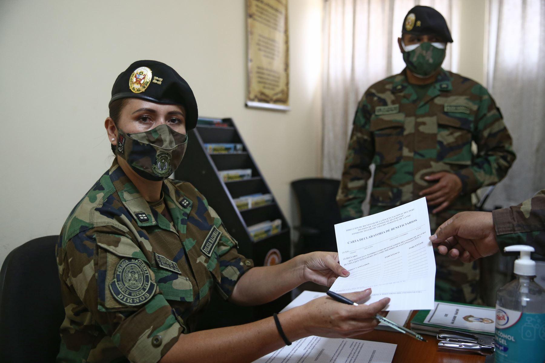 Zonia Elizabeth Quisner Bravo, Suboficial técnico de 2da PNP Dirección de Operaciones Especiales. Foto: ANDINA/Vidal Tarqui